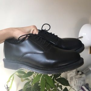 """Perfect Condition Dr. Martens """"Bennett"""" shoes"""